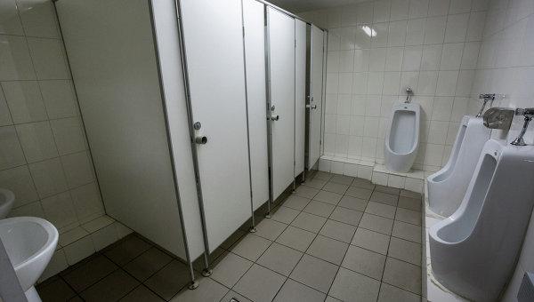 Какие туалетные кабинки выбрать для кафе?